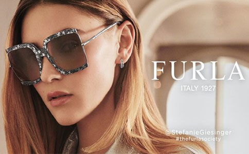 ab71296f34 Presente en 65 países de todo el mundo, la icónica marca Furla nace en el  año 1927 en Italia presentando una colección de zapatos y accesorios.